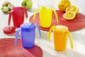 Ornamin Becher HAPPY DRINK, Farbe: blau, Inhalt: 250 ml, mit Trinkaufsatz und zwei Henkeln, Höhe: 100mm, Durchmesser: 70mm, Material: PP,