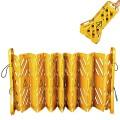 Mobile Absperrung. Kunststoff. ausziehbar bis 4  Meter, mit 2 Rollen und Tragegriff. Höhe
