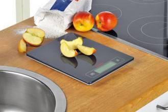 Küchenwaage SOEHNLE PROFI mit großer LCD Anzeige (7,9 cm x 2,6 cm)
