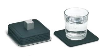 Blomus Silikonuntersetzer TRAYAN, quadratisch, Maße: 95 x 95 mm, Set à 6 Untersetzer im Edelstahlbehälter.