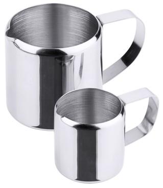 Sahnegießer aus Edelstahl 18/10, außen hochglänzend, mittelschwere Qualität Volumen:  0,03 l, Durchmesser: 3,5 cm, Höhe: 3,5 cm