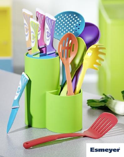 11-tlg. Set AURIGA mit bunten Messern,  Universal-Messerblock und Nylon Küchenhelfern Set besteht aus einem Messerblock 11x19x22,5cm