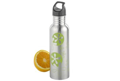 Trinkflasche SASCHA aus Edelstahl 18/10, matt gebürstete Oberfläche mit grünem Druck. Volumen ca. 0,75 Liter.
