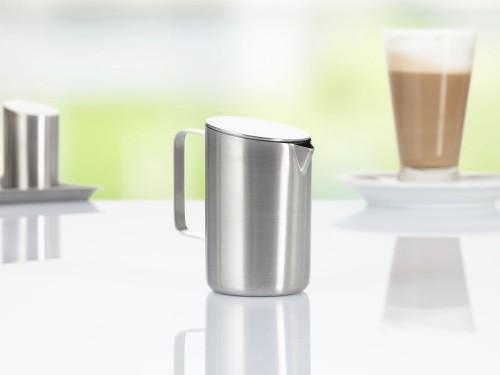 Milchkännchen mit Deckel VISTA, Edelstahl 18/10, Durchmesser: 92 mm, Höhe: 10 mm, Inhalt: 200 ml, mit gebürsteter Oberfläche, im Geschenkkarton